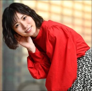 朝日奈央と松岡茉優が似てる?二人は高校の同級生で仲良し!